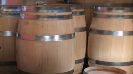 Wine barrels & Accessories