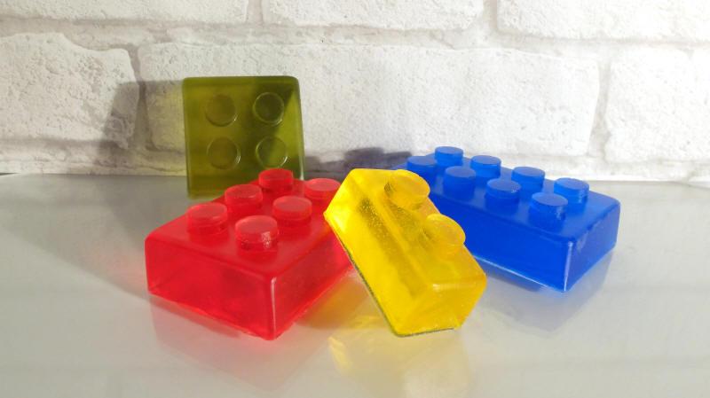 seifengie form lego bausteine fimo bastelform gips. Black Bedroom Furniture Sets. Home Design Ideas